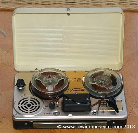 Rewind Museum. Philips EL 3586 portable reel to reel audio ... on