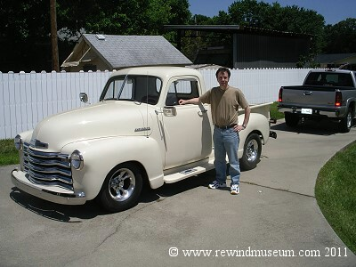 1952 Chevrolet truck (hot rod).